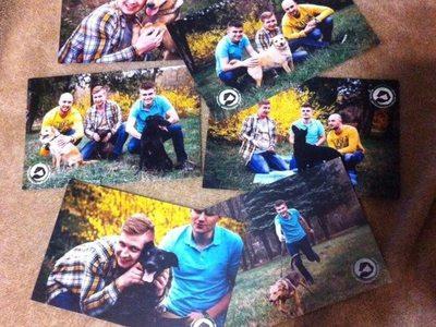 Придбавши листівки на концерті гурту...